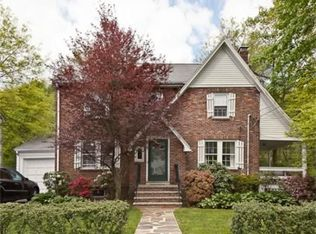 268 Beverly Rd , Chestnut Hill MA