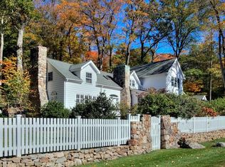 236 New Canaan Rd , Wilton CT