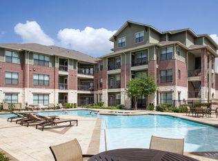 Merveilleux Texas · Austin · 78717; Platinum Lakeline