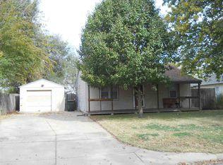 300 E Hemphill Ave , Haysville KS
