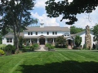 60 Bennington Pl , New Canaan CT