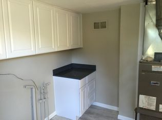 Kitchen Cabinets Yakima Wa 1305 s 21st ave, yakima, wa 98902 | zillow