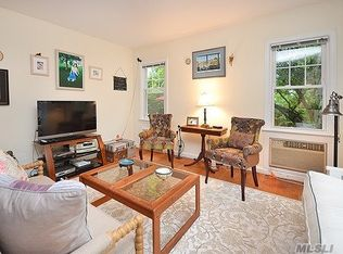 7 Irving Pl, Sea Cliff, NY 11579 | Zillow