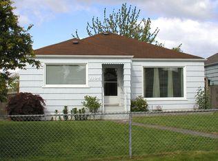 1106 Oakes Ave , Everett WA