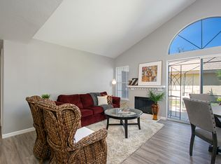 30521 Hollyberry Ln, Temecula, CA 92591 | Zillow