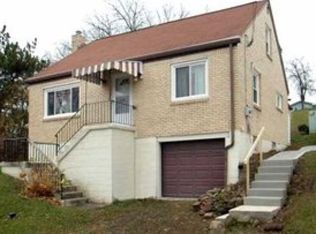 255 Maple Dr , Monroeville PA