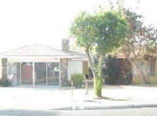 455 S Gilbert St , Hemet CA