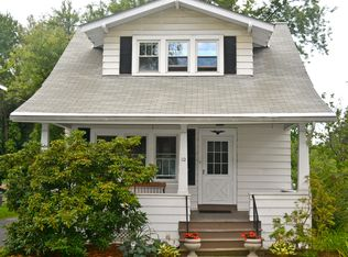 10 Hillview Ave , Rensselaer NY