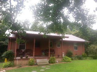 146 H Brown Ln , Gainesboro TN
