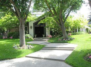 2809 W Bedford Ave , Fresno CA