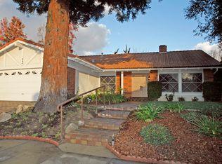 894 Hartglen Ave , Westlake Village CA