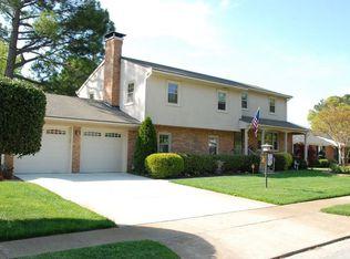 1607 Longdale Dr , Norfolk VA