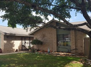 102 Lehmann St , Boerne TX