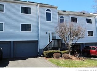 7 Wooded Heights Dr , Cromwell CT
