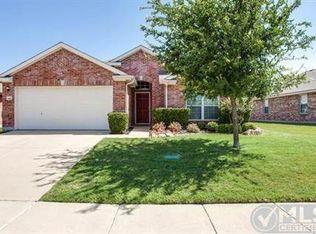 1011 Fredonia Dr , Forney TX