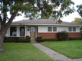 1200 N Davis St , West TX