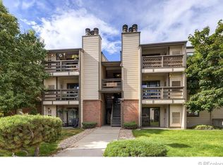 459 Wright St Apt 201, Lakewood CO