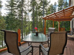 Contemporary Deck With Trellis In Tahuya Wa Zillow Digs