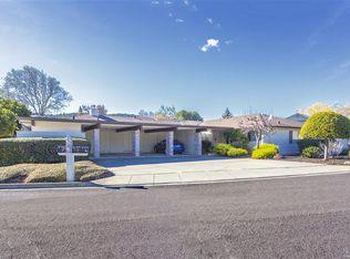 370 Twin Lakes Dr , Santa Rosa CA