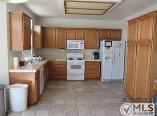 8911 Glenwood Ave, Hesperia, CA 92344 | Zillow