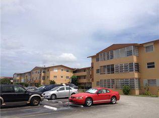 140 Royal Palm Rd Apt 105, Hialeah FL