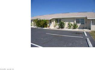 303 SW 3rd Pl Apt 101, Cape Coral FL