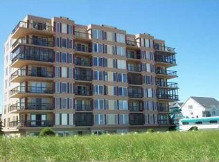 1 Seacliff Ave Apt 2b, Old Orchard Beach ME