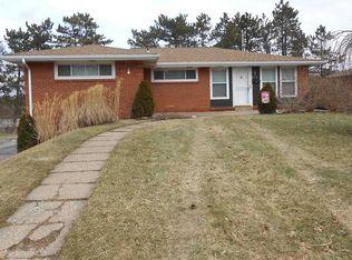216 Garden City Dr , Monroeville PA
