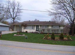 6211 Cernech Rd , Kansas City KS