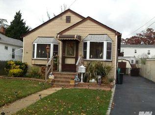 3031 Lowell Ave , Wantagh NY