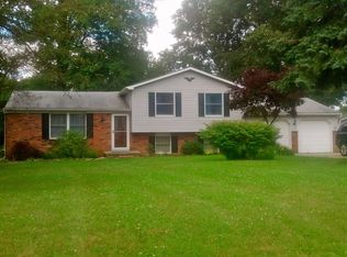 17577 Indian Hills Dr , Chagrin Falls OH