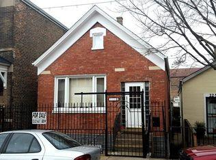 2251 W Cermak Rd , Chicago IL