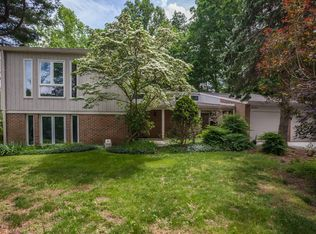 8604 Timber Hill Ln , Rockville MD