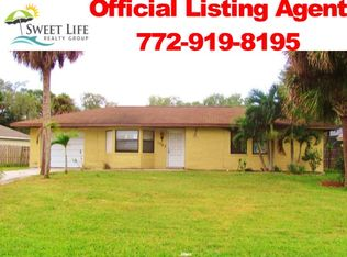 1762 SW Import Dr , Port Saint Lucie FL