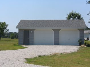 2431 W Toto Rd , North Judson IN