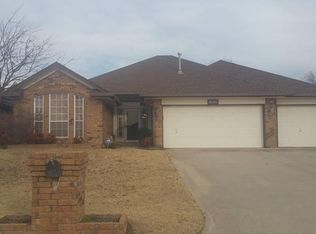 10101 Forest Ln , Midwest City OK
