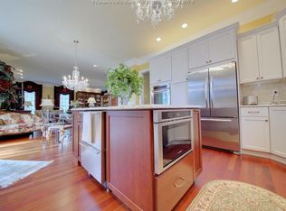 Traditional Kitchen with Ceramic Tile & Flat panel ...