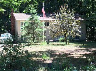 8765 Red Pine Dr , Lake Ann MI