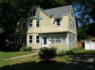 83 Orchard Ave , South Kingstown RI