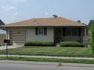 5818 Grover St , Omaha NE