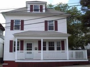 8 Mount Pleasant Ave , Providence RI