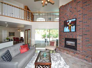 863 E Country View Cir Fresno CA 93730