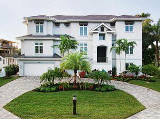 402 Pine Ave , Naples FL