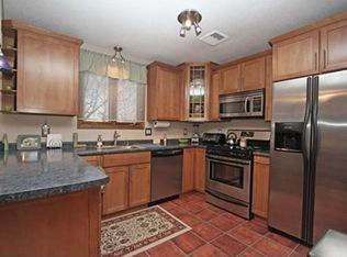 275 Donohue Rd APT 9, Dracut, MA 01826 | Zillow