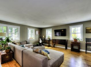 142 Cabot St UNIT 2, Portsmouth, NH 03801 | Zillow