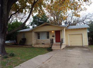 308 Elliott St , Arlington TX