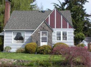 2501 SW Troy St , Portland OR