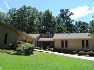 530 Kenwood Rd Fayetteville GA 30214