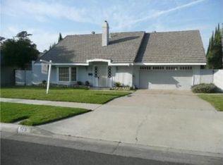 175 E Mission Rd , Corona CA