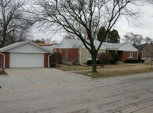 812 S Poplar Ave , Elmhurst IL